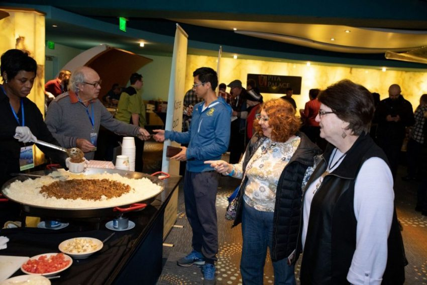 Festival goers line up for a nosh at the Atlanta Jewish Life Festival